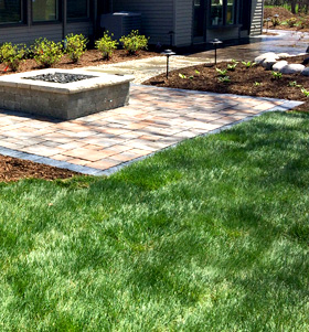 Lawn Care in Livonia MI: Maintenance & Irrigation | M & D - landscaping